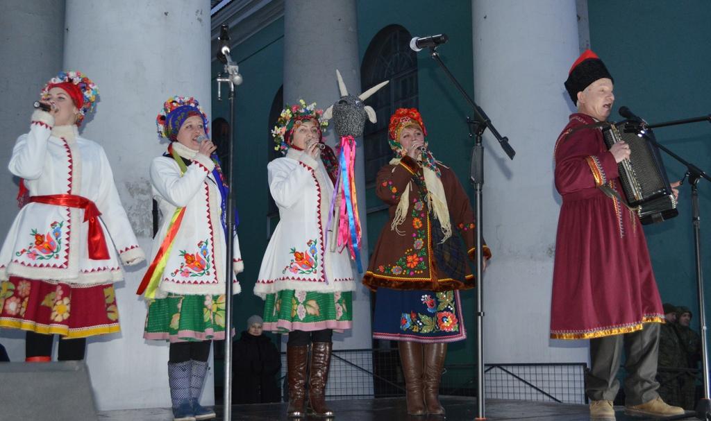Вчора в Добропіллі відсвяткували Старий Новий рік, фото-7
