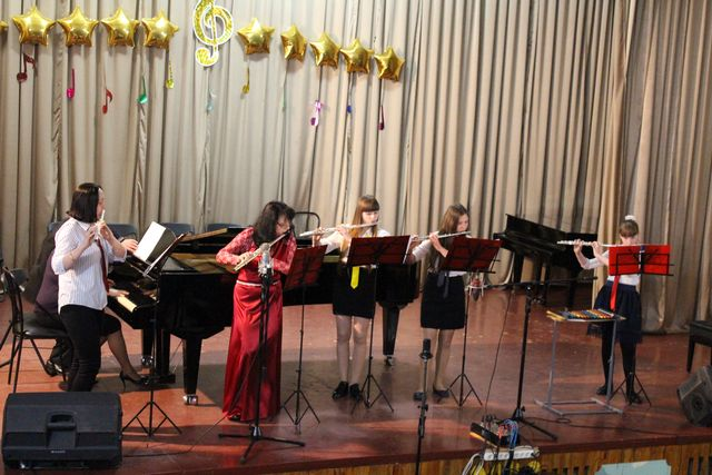 У Добропіллі відбувся звіт та підсумок усіх здобутків вихованців музичної школи №1 , фото-1