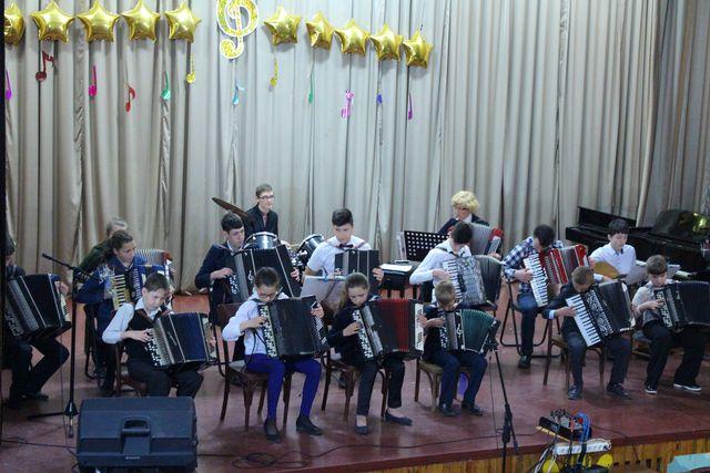 У Добропіллі відбувся звіт та підсумок усіх здобутків вихованців музичної школи №1 , фото-2