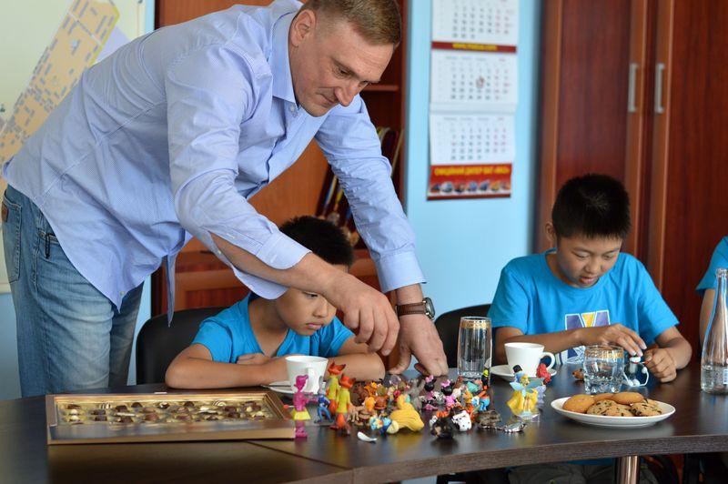 В Добропіллі зустріли делегацію з Китаю, фото-3