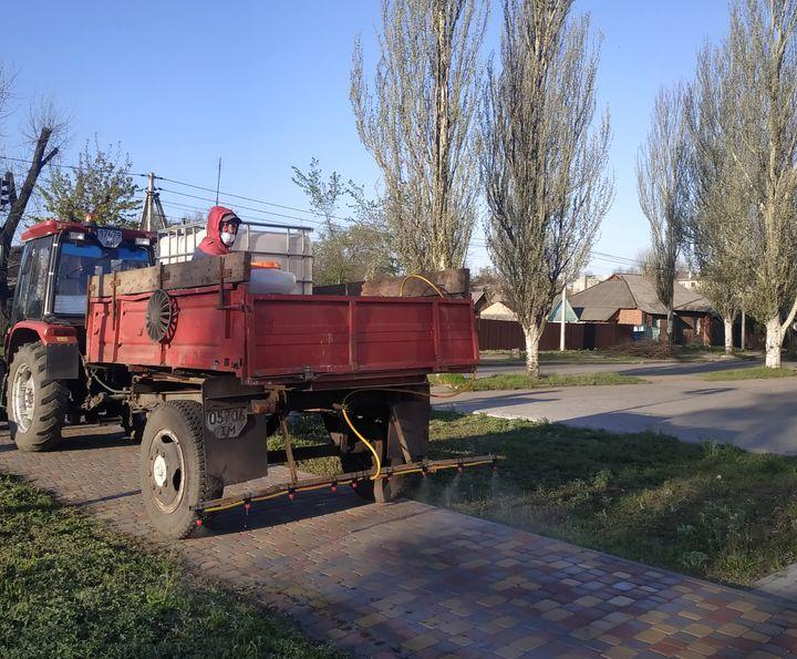 В Добропіллі провели дезінфекцію вулиць та зупинок, фото-3